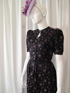 1940's Deep burgundy floral sprig jaquard vintage dress **SOLD**